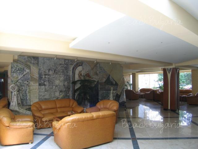 Хотел Лагуна Гардън6