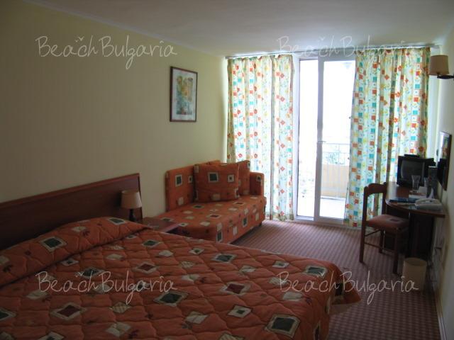 Хотел Лагуна Гардън7