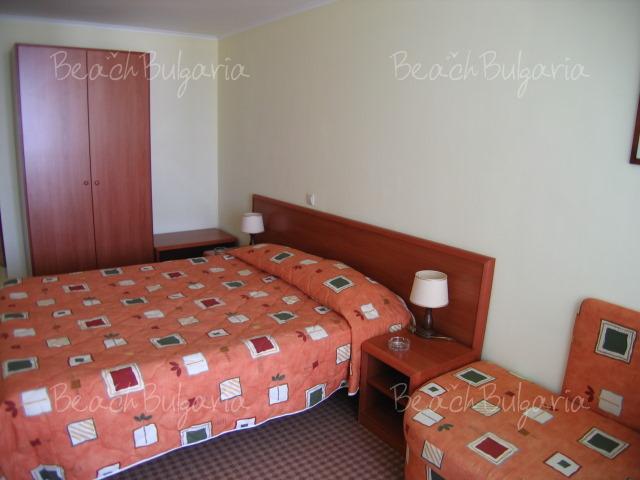 Хотел Лагуна Гардън8