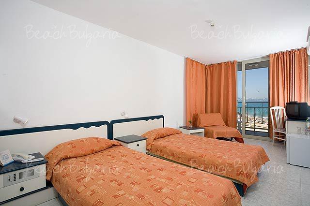 Хотел Нона6