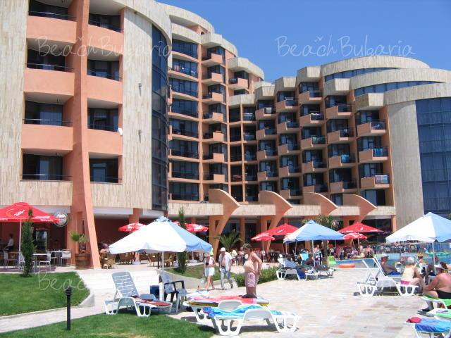 Хотел Фиеста М2