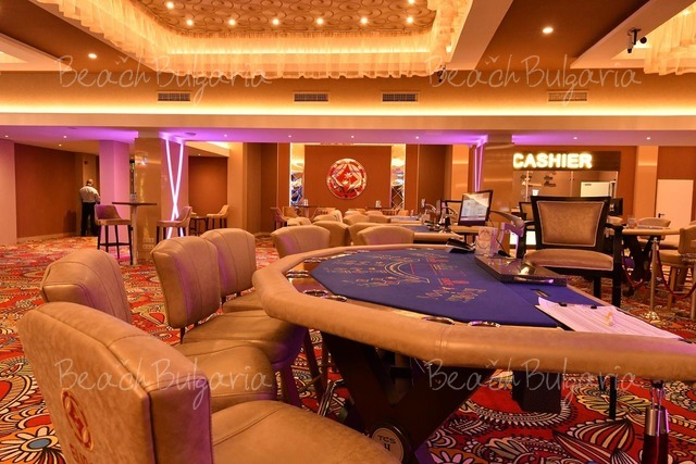 Европа Хотел и Казино20