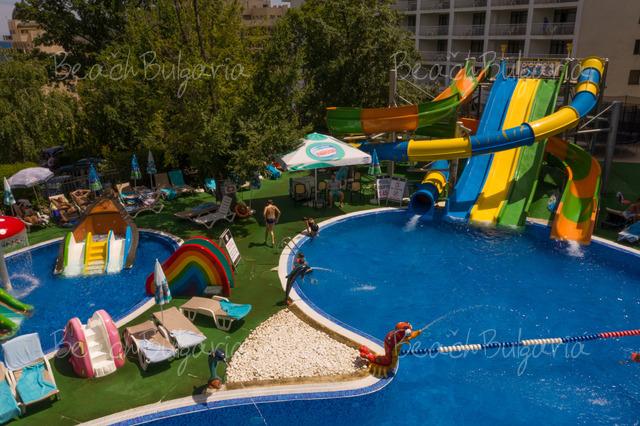 Престиж хотел и Аквапарк17