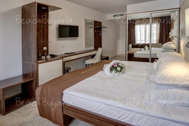 Престиж хотел и Аквапарк9