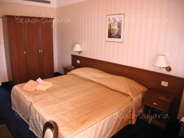 Хотел Империал15