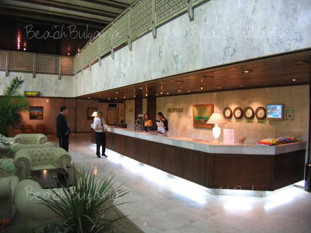 Хотел Империал5