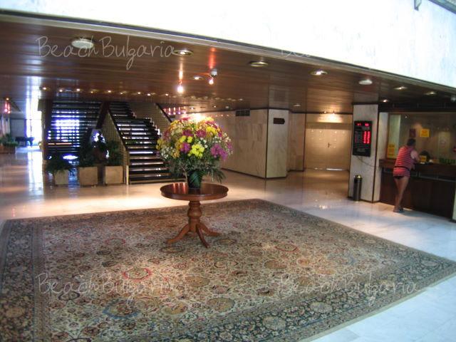 Хотел Империал6