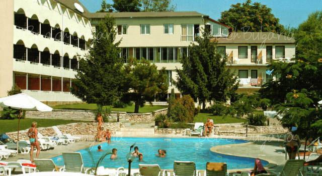 Хотел Наслада 3