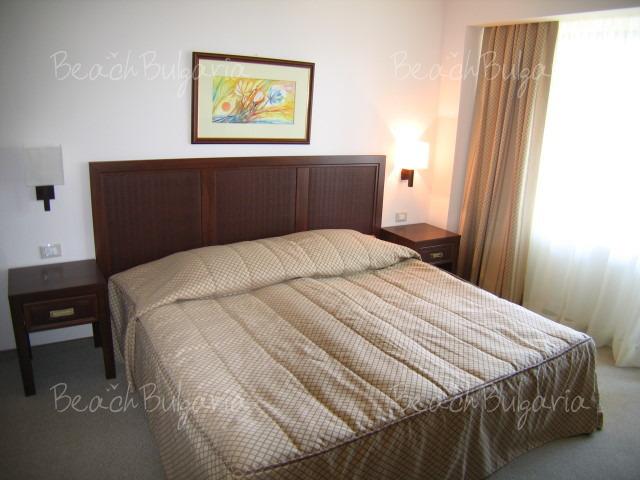 Хотел Лотос10