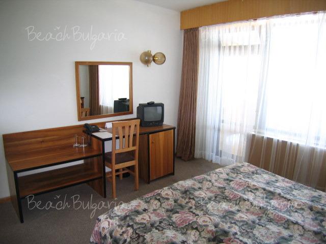 Хотел Нимфа5