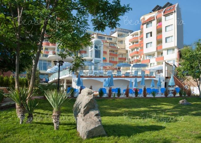 Хотел Вила Лист9