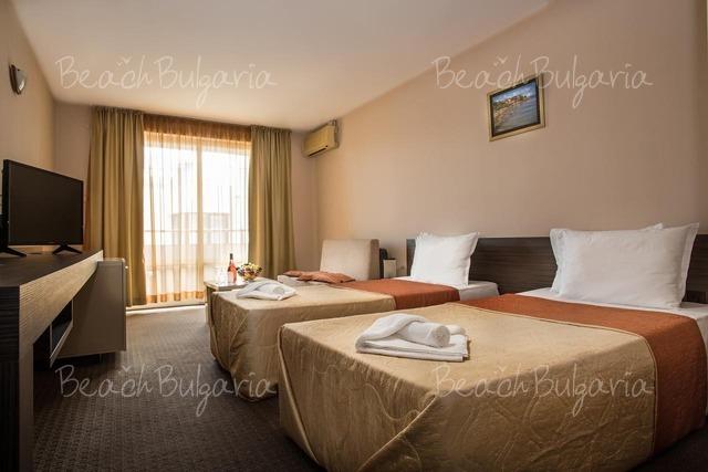 Хотел Флагман 3