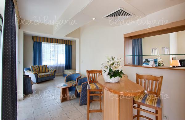 Хотел Лебед11