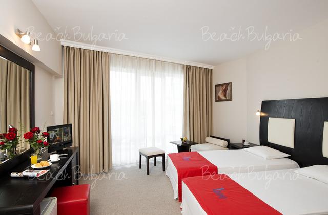 Хотел Калипсо 18