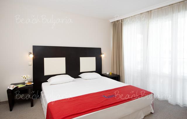 Хотел Калипсо 6