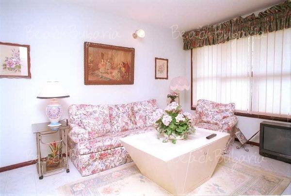 Хотел Далас Резиданс12