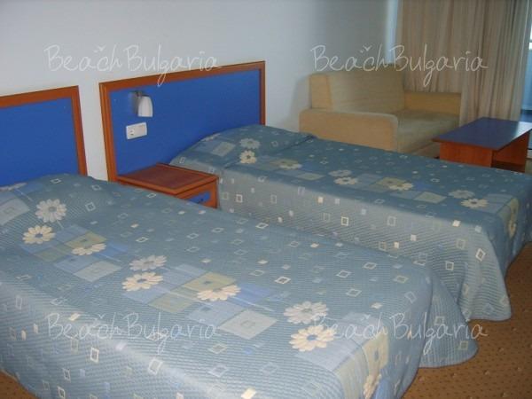 Хотел Сунео Хелиос Бийч8