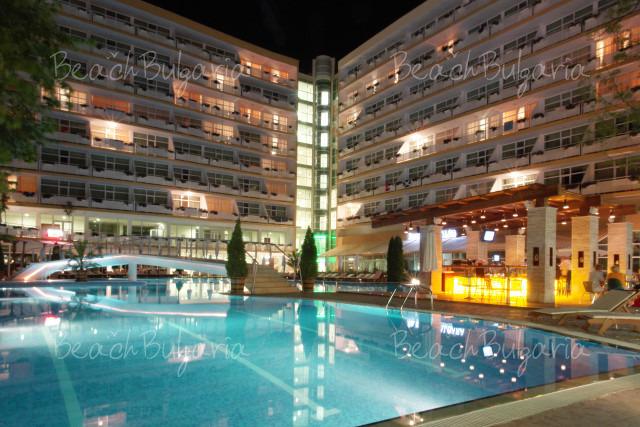 Гранд Хотел Оазис12