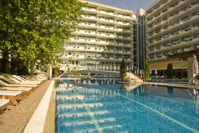 Гранд Хотел Оазис3