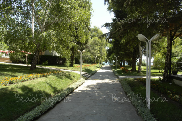 Хотелски комплекс Оазис16