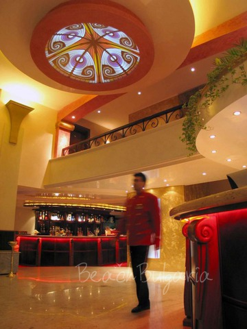 Хотел Капитол2