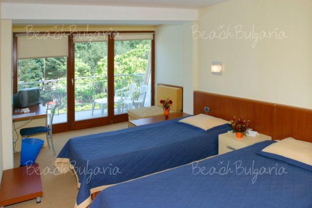 Хотел Корал11