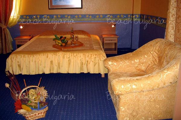 Хотел Бриз 23