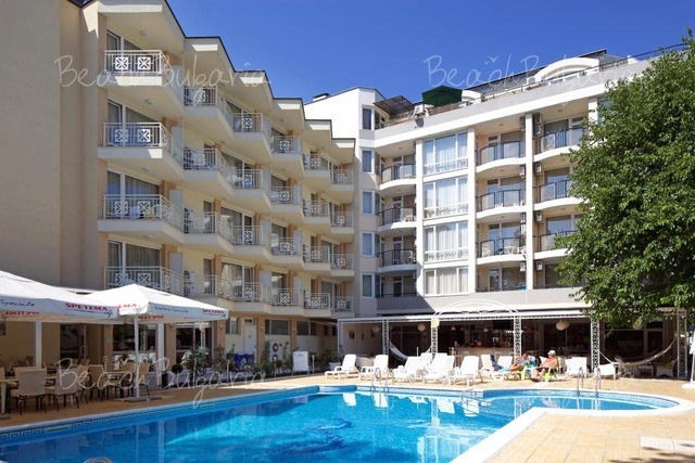 Хотел Карлово2