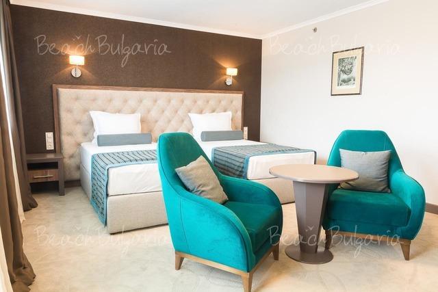 Хотел Черно Море 12