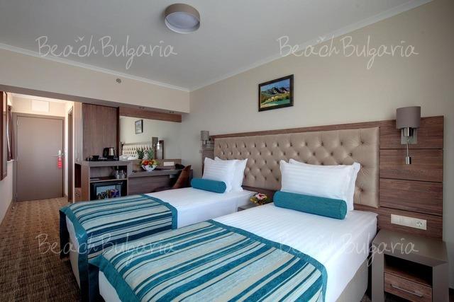 Хотел Черно Море 15