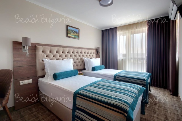 Хотел Черно Море 16