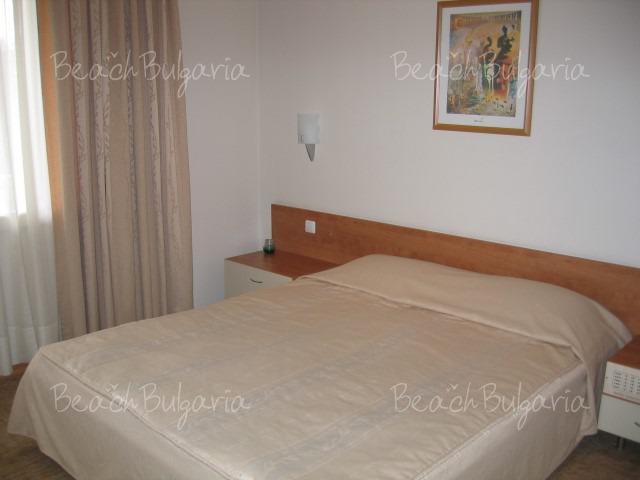 Хотел Одесос11
