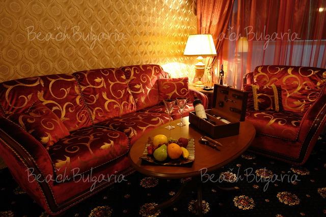 Хотел Палас Марина Диневи6