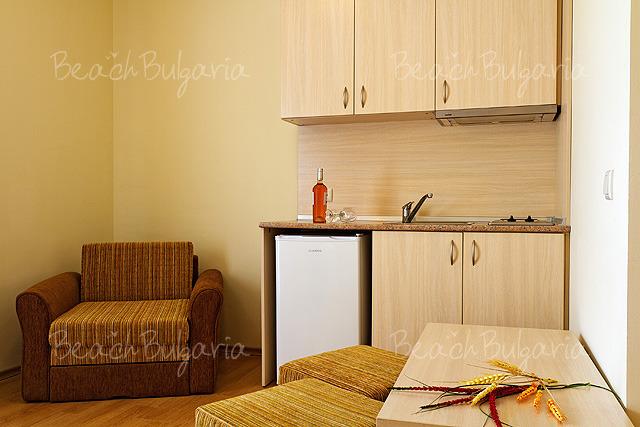 Хотел Серена Резидънс11