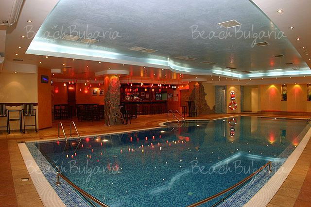 Хотел България13