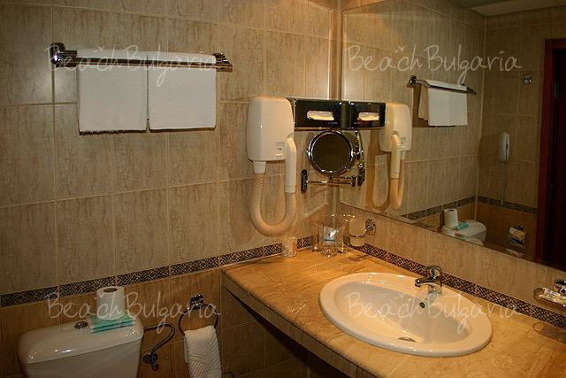 Хотел България5