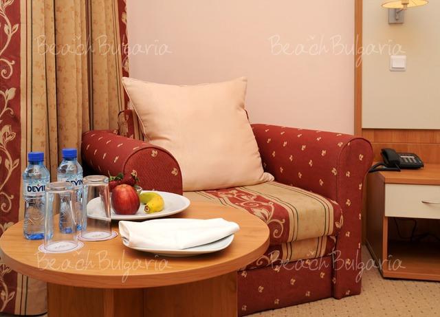 Хотел Doubletree by Hilton Varna12
