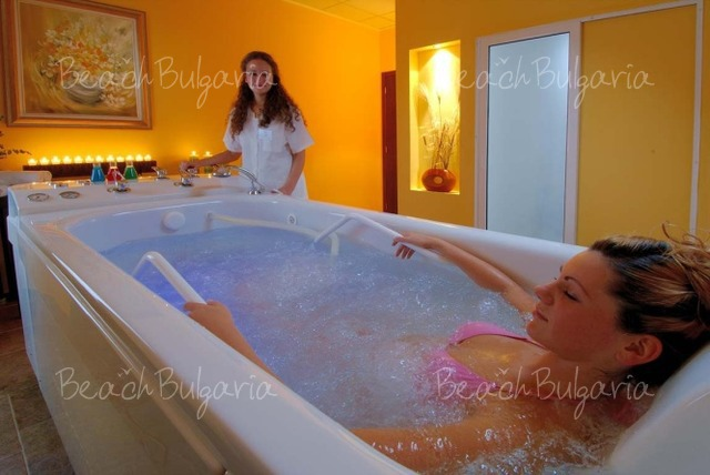 Хотел Doubletree by Hilton Varna15