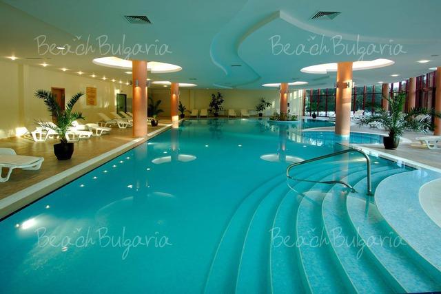 Хотел Doubletree by Hilton Varna20