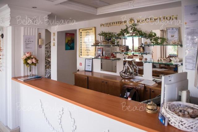 Семеен Хотел Виктория3