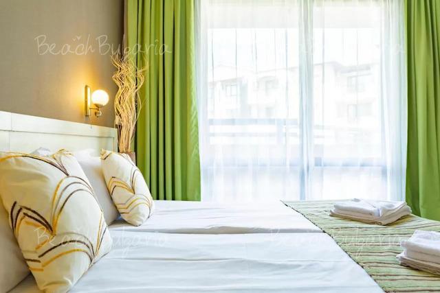 Хотел Оазис дел Маре 14