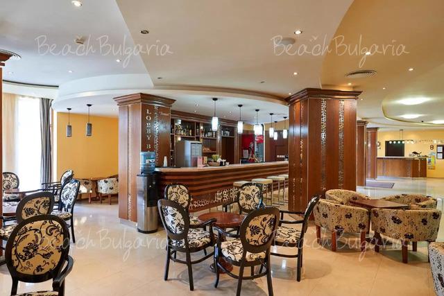 Хотел Оазис дел Маре 22