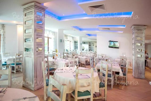 Хотел Оазис дел Маре 24