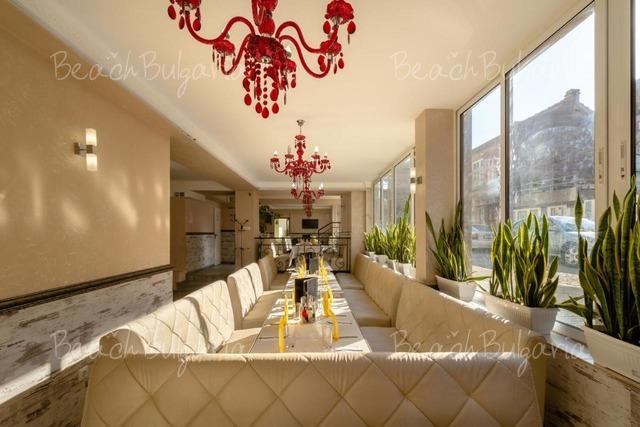 Хотел Зевс6