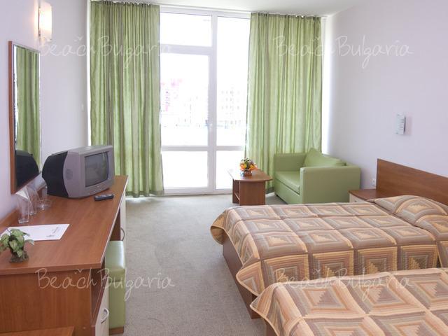 Хотел Ивана Палас11