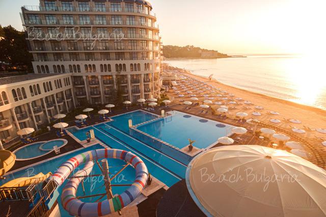 Хотел и SPA Азалия2
