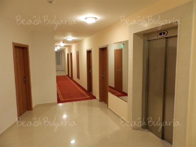Хотел Риагор6