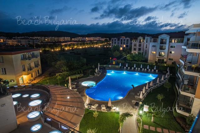 Хотел Мирамар25