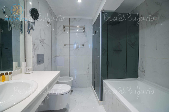 Хотел Перла Роял21