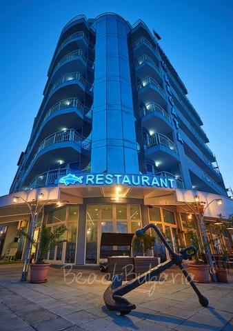 Хотел Регата2
